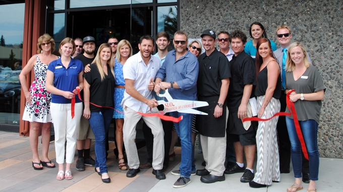 Ribbon cutting: Milestone Tavern