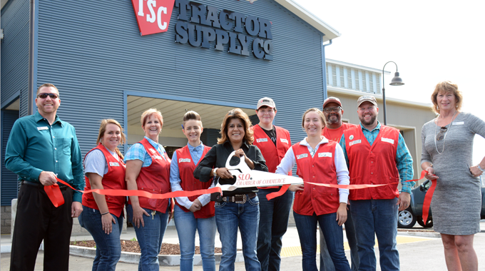 Ribbon Cutting | Tractor Supply Company