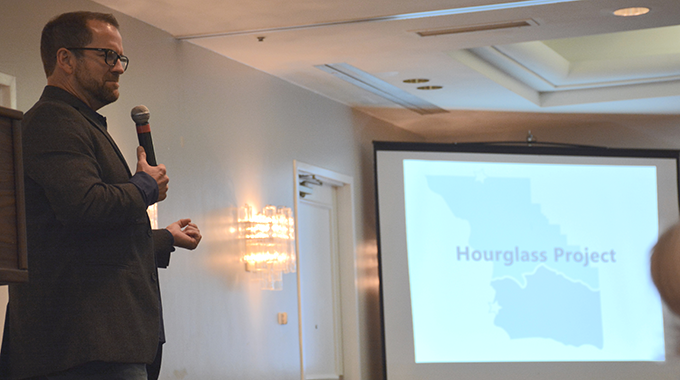 Hourglass Project | Area leaders, chambers unite to energize economy