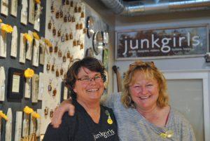 The Junk girls